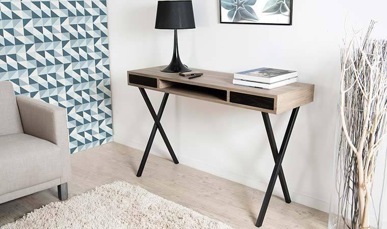 bureau d 39 appoint design pieds crois s en m tal noir et ch ne. Black Bedroom Furniture Sets. Home Design Ideas