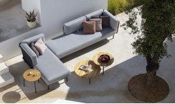 Ensemble sofa et table basse jardin