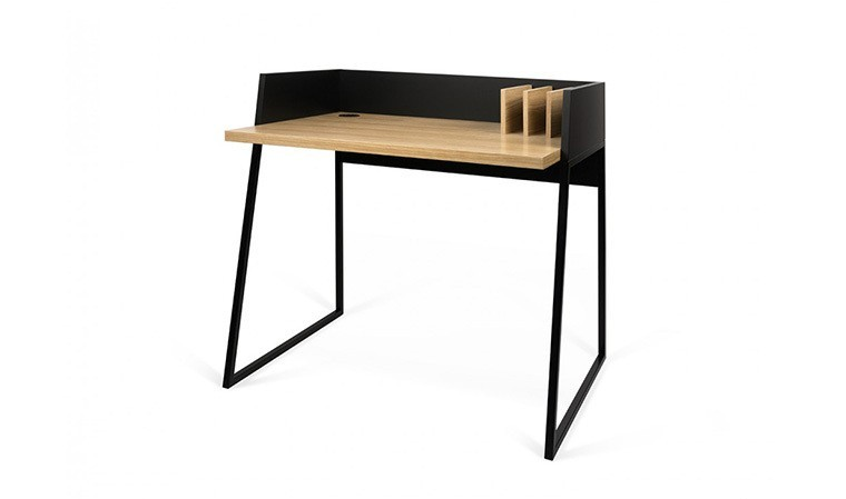 petit bureau avec superbes finitions en acier noir et en chne. Black Bedroom Furniture Sets. Home Design Ideas