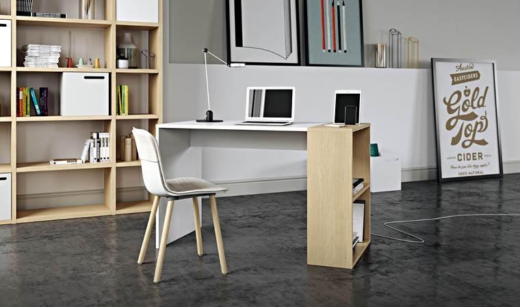 bureau avec rangement pour appareils mobiles
