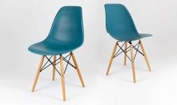 Chaise bleue canard