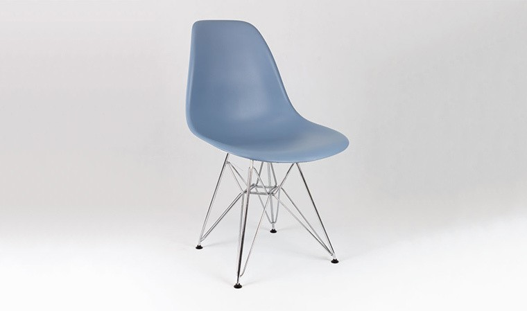 Chaise bleue pigeon