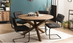 Table ronde en bois recyclé