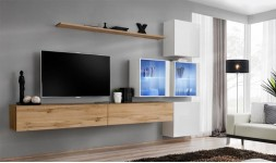 Salon TV mural avec éclairage
