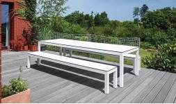 Table et bancs de jardin design