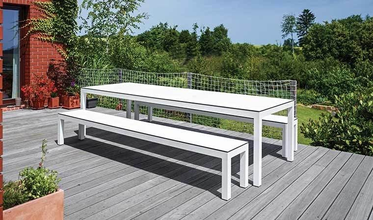 ensemble de jardin table bancs haut de gamme leuven. Black Bedroom Furniture Sets. Home Design Ideas