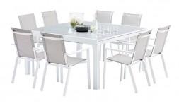 ENSEMBLE TABLE ET 8 CHAISES...