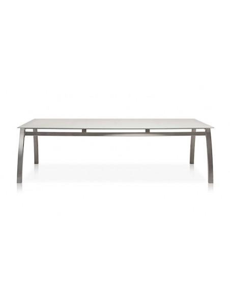 Table extérieur haut de gamme