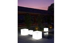 Petite Table KUBE LIGHT INDOOR & OUTDOOR