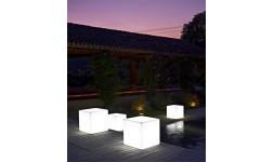 Petite Table KUBE LIGHT INDOOR & OUTDOOR
