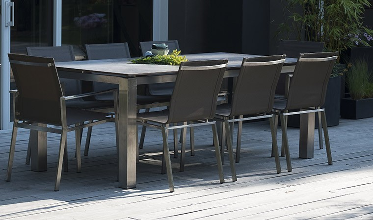 Salon de jardin en inox et HPL 8 places Torino - House and ...