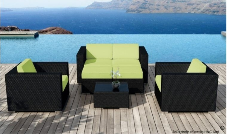 salon de jardin r sine tress e noire design et coussins verts. Black Bedroom Furniture Sets. Home Design Ideas