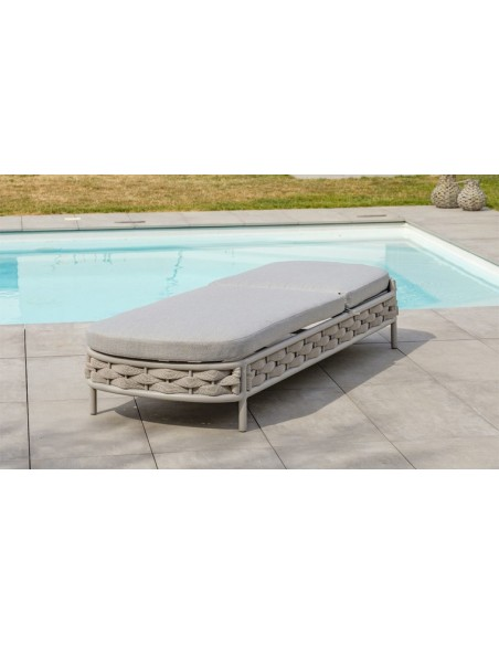 bain de soleil avec coussin design