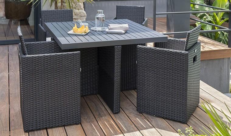 Salon de jardin encastrable carré en alu et résine noire - 4 places