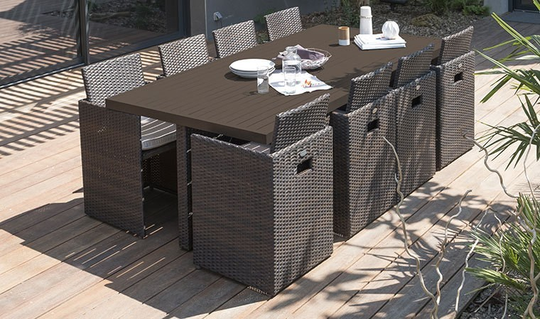 Salon de jardin encastrable en résine tressée chocolat 8 fauteuils