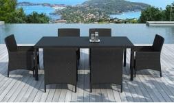 Table et fauteuils en résine tressée noire