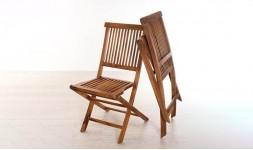 Chaise de jardin pliable en bois de teck classique