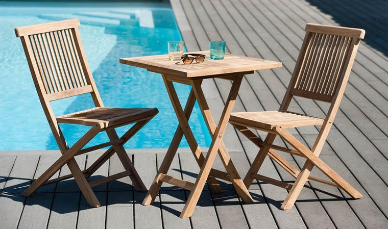 petit salon de jardin pour balcon en bois teck certifi. Black Bedroom Furniture Sets. Home Design Ideas