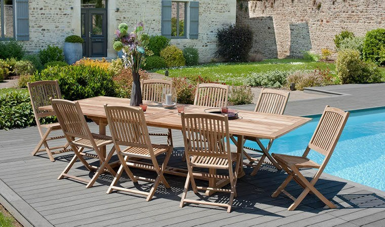 Awesome table de jardin extensible avec chaises pictures for Grande table extensible