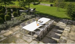salon jardin luxe blanc