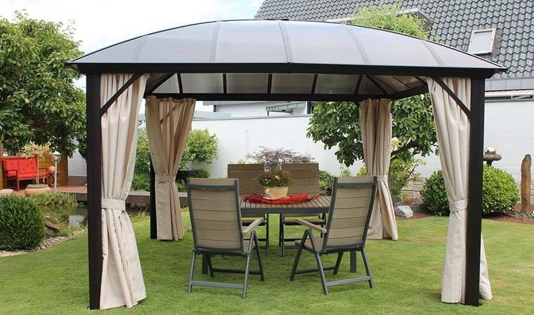 pergola de jardin en aluminium couverte toit polycarbonate. Black Bedroom Furniture Sets. Home Design Ideas
