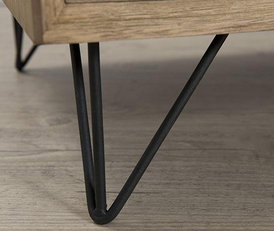 Buffet scandinave pieds en métal