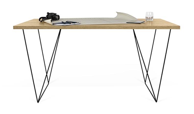 bureau design en bois avec pieds en acier noir