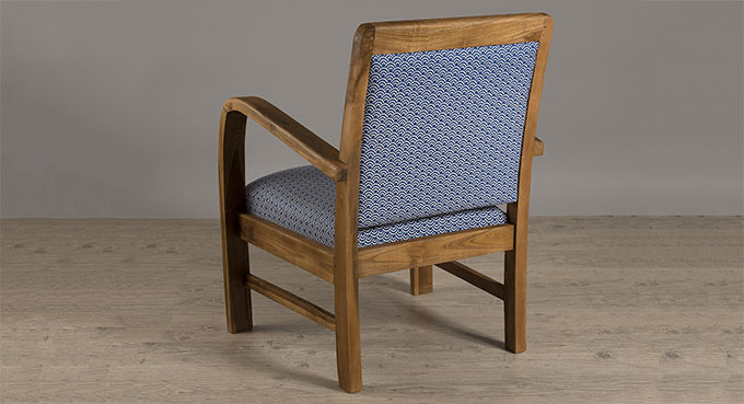 fauteuil scandinave bleu