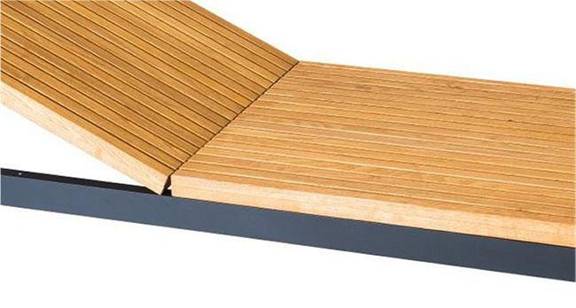 bain de soleil en bois massif et aluminium laqué