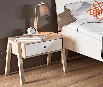 Table de nuit à tiroir design en bois blanc