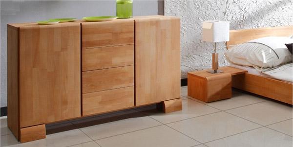 Commode et lit en bois massif