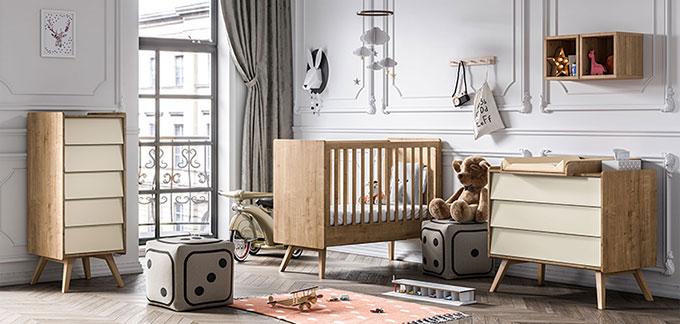 chambre bébé vintage en bois